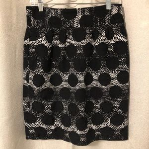 Banana Republic black circle print skirt